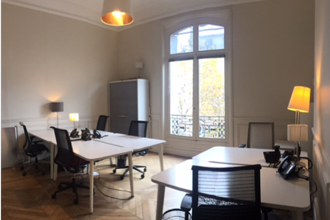 2 800 € par mois, 6 postes , Paris, Bureau privatif - 6 postes