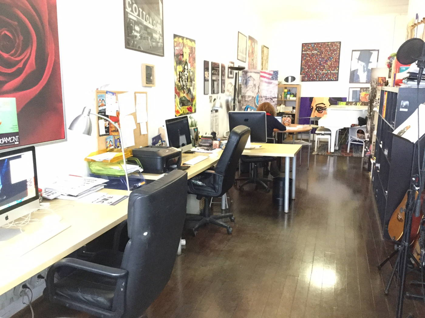 Location bureau paris : jusquà 4 postes dans open space paris 17è